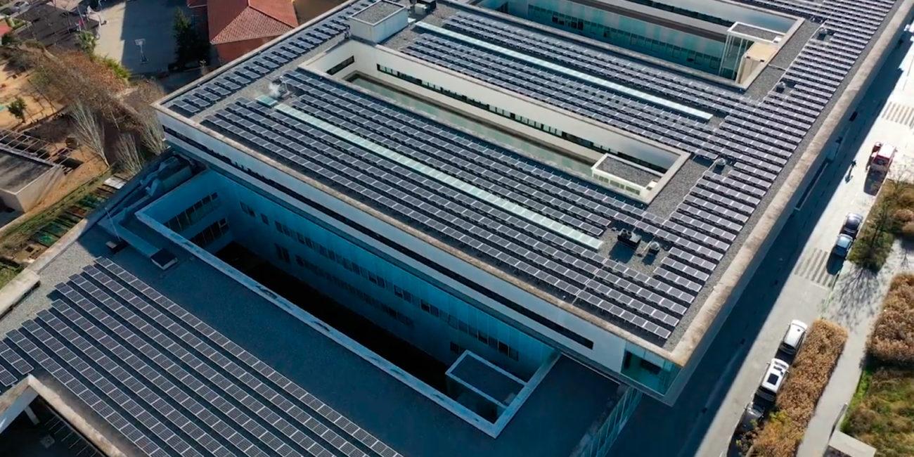 instalcion fotovoltaica sobre cubierta en barcelona