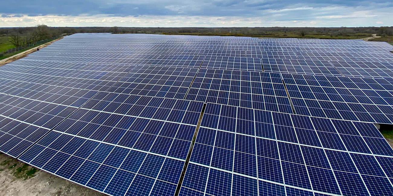 Champ photovoltaïque à montmorillon