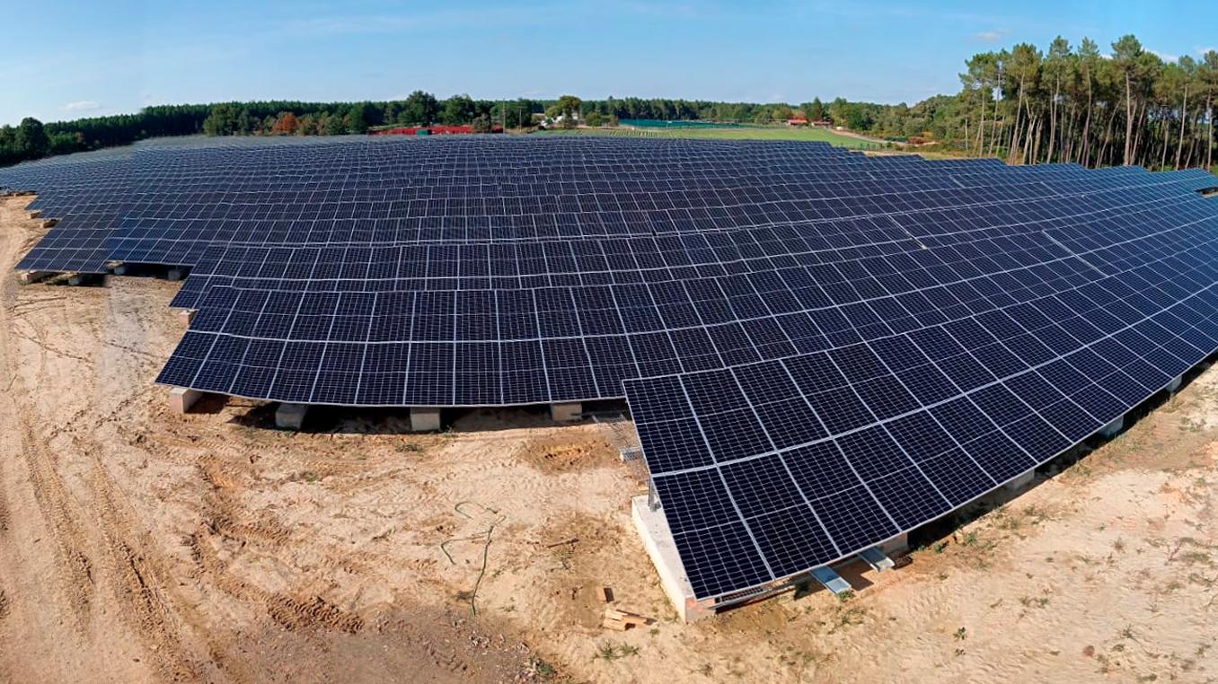 parc solaire a roquefort